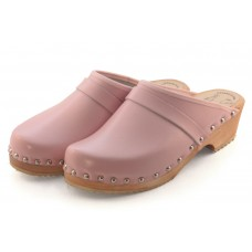 Plain leather women clogs with decorative nails
