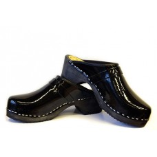 Lacquer men clogs