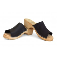 Nubuk slip-in women clogs
