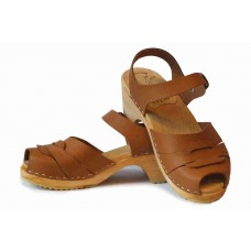 Sandals with a ring in vegetable tanned leather