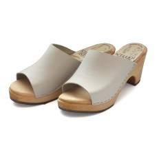 Slip-in soft nubuk high heel clogs