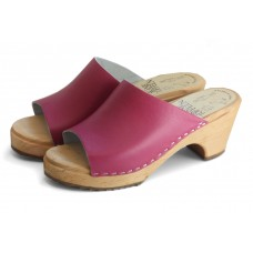 Plain leather slip-in high heel clogs